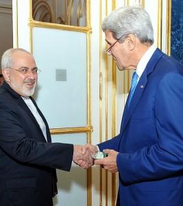 Secretary_Kerry_greets_Iranian_Foreign_Minister_Zarif474x531